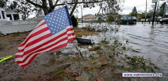 إجلاء المئات من سكان كاليفورنيا خوفا من الفيضانات والانهيارات الأرضية