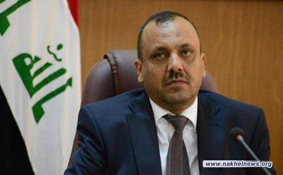 محافظ النجف: عبد المهدي اوعد بأكمال كافة المشاريع المتوقفة في المحافظة